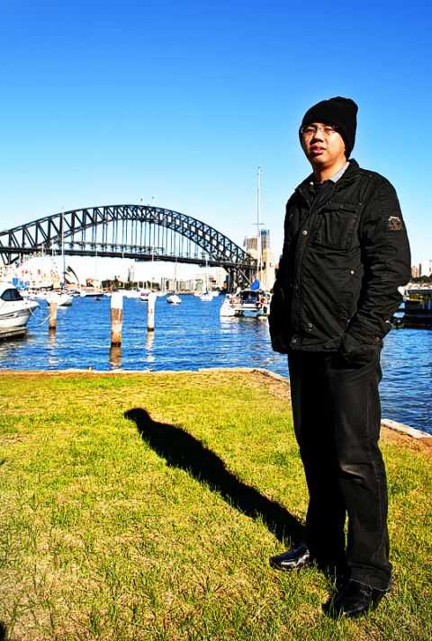 thanks for the groom who took this photo for me in Sydney. Love the sky and the weather